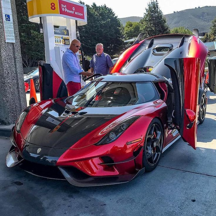"""298 Likes, 37 Comments - Your Daily Dose of Supercars (@supercarcravings) on Instagram: """"Koenigsegg Regera with the man himself Rate 1 - 100 #supercarcravings . . Follow…"""""""