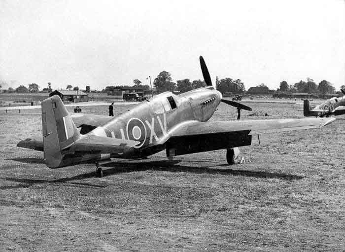 Early RAF Mk.I Mustangs of No.2 Squadron at Sawbridgeworth, possibly in January 1942.