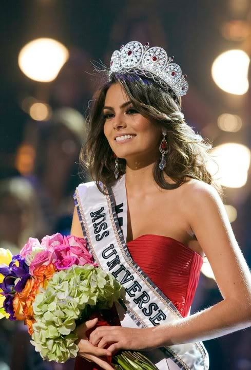 Miss Universe 2010, Miss Ximena Navarette, crowned in Las Vegas Nevada! Absolutely Gorgeous..>!