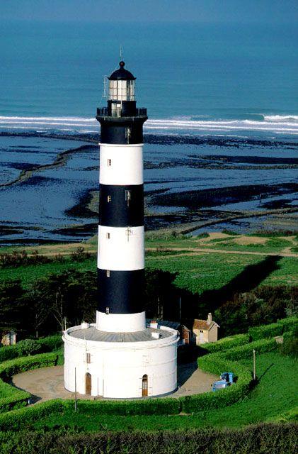 #Lighthouse - #Phare de Chassiron    http://dennisharper.lnf.com/