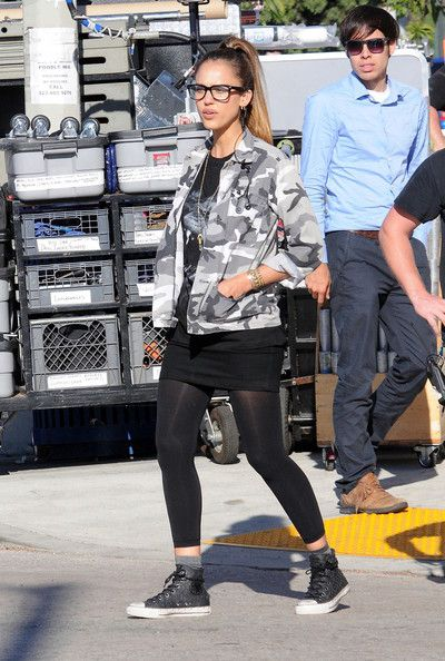 Jessica Alba Photos Photos - Jessica Alba seen filming for the movie 'Stretch' in Los Angeles. - Jessica Alba Films 'Stretch' in Los Angeles