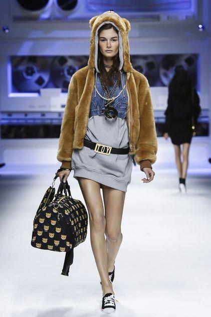 Moschino Ready To Wear Fall Winter 2015 Milan