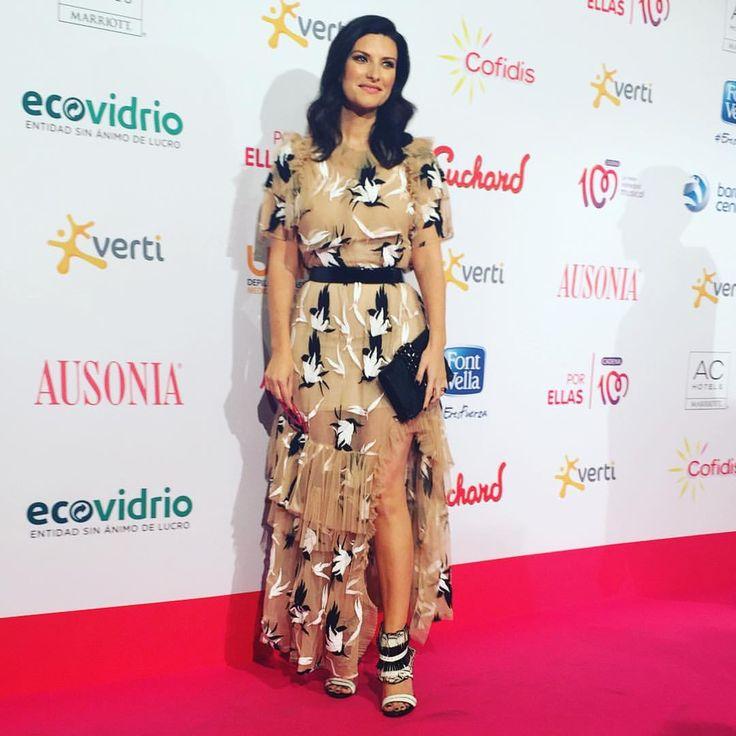 Italian Singer Laura Pausini