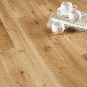 Colours Rondo Solid Oak Flooring 1.3m² Pack   Rooms   DIY at B&Q