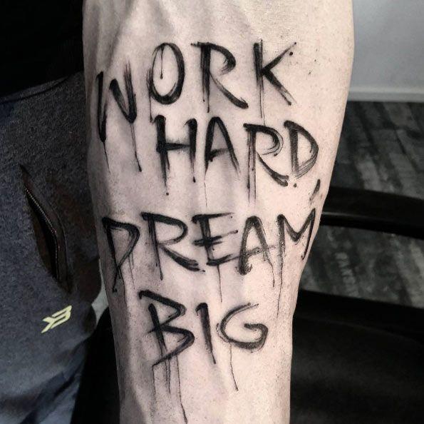 die besten 25 text tattoo ideen auf pinterest text t towierungarm skript tattoo platzierung. Black Bedroom Furniture Sets. Home Design Ideas