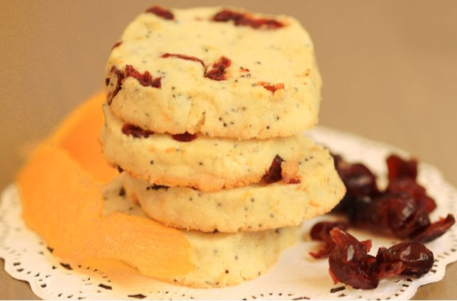 Cranberry Orange Poppy Seed Cookies | everylittlecrumb.com