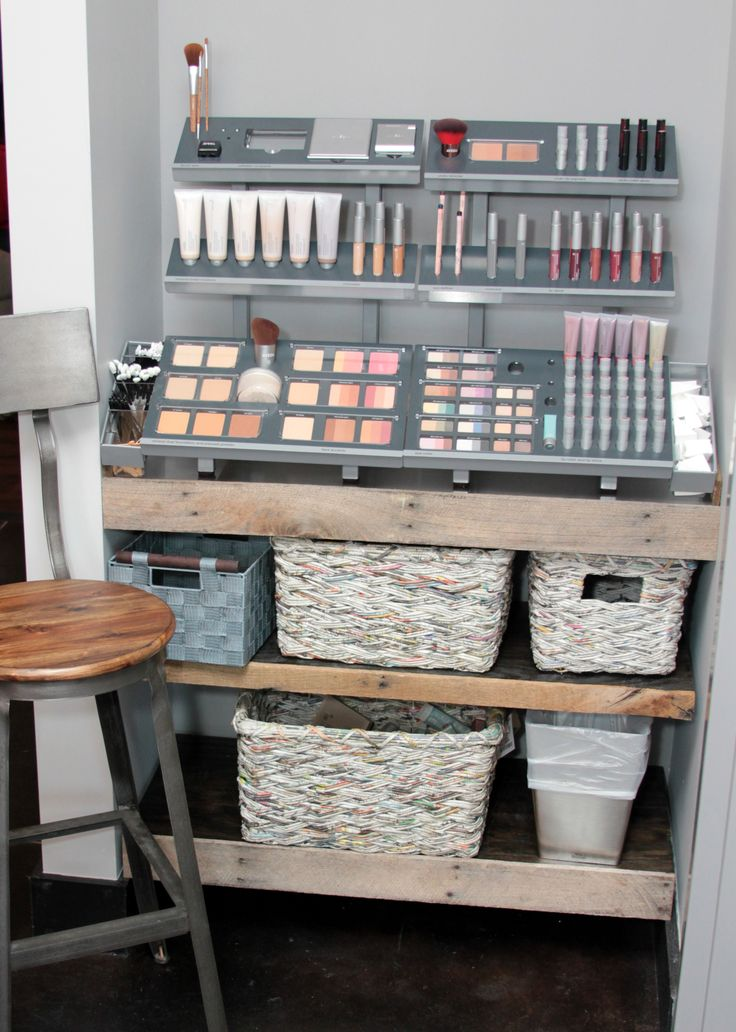 salon makeup stations | ... area salon waiting area salon waiting area products washing station