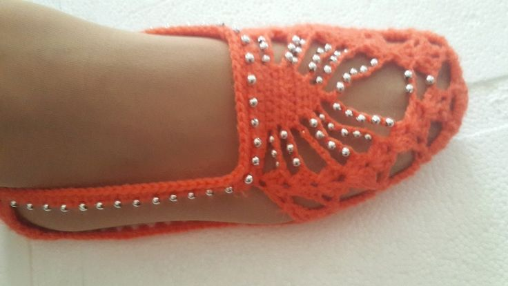 Boncuklu sandalet patik