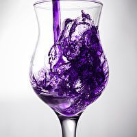 Purple Punch Recipe ~ cranberry juice, frozen grape juice, pineapple juice and 7-Up ~ I have been looking for a purple drink recipe!