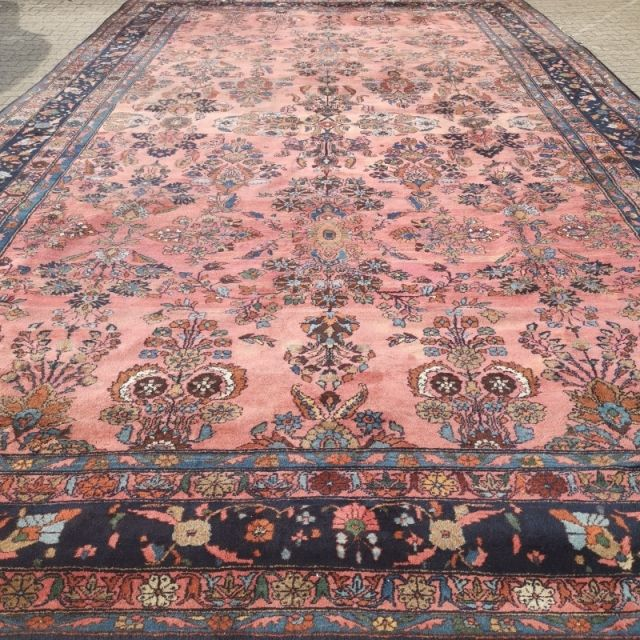 15199 Sarouk Mehraban Oversized Antique Rug 21 X 13 Ft 645 X 390 Cm Pink Rose Blue Green In 2020 Antique Rugs Rugs Antique Carpets