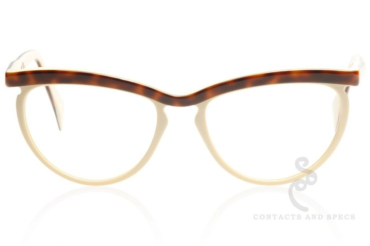 Claire Goldsmith Eyewear Wynne. The Claire Goldsmith CG Legacy collection pays homage to the spirit of vintage styling forming truly modern classics. Legacy is