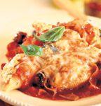 Recette Coquilles farcies à la courge et au fromage, sauce tomate - Coup de Pouce