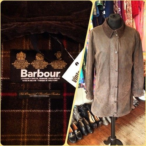 Ladies Wax Barbour jacket UK MEDIUM - £48 #barbour #wax #jacket #country #outdoors #weather #coat #womens #original #authentic #quality #farmer #popular #label #vintageguruscotland #ByresRoad #Glasgow #WestEnd