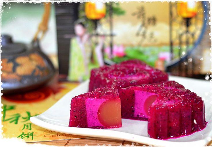 Dragon fruit jelly mooncake mini desserts moon cake