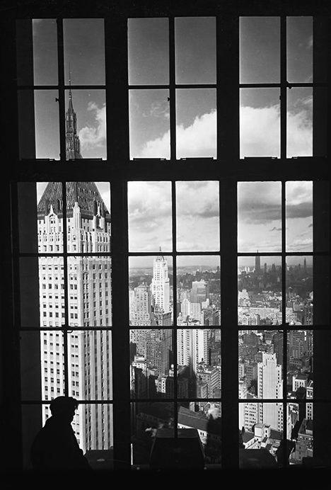 Lower Manhattan Skyline 1930 Photo: Anonymous `. Vintage b&w photo NYC