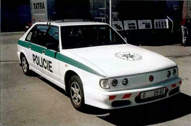 Tatra 700 Policie