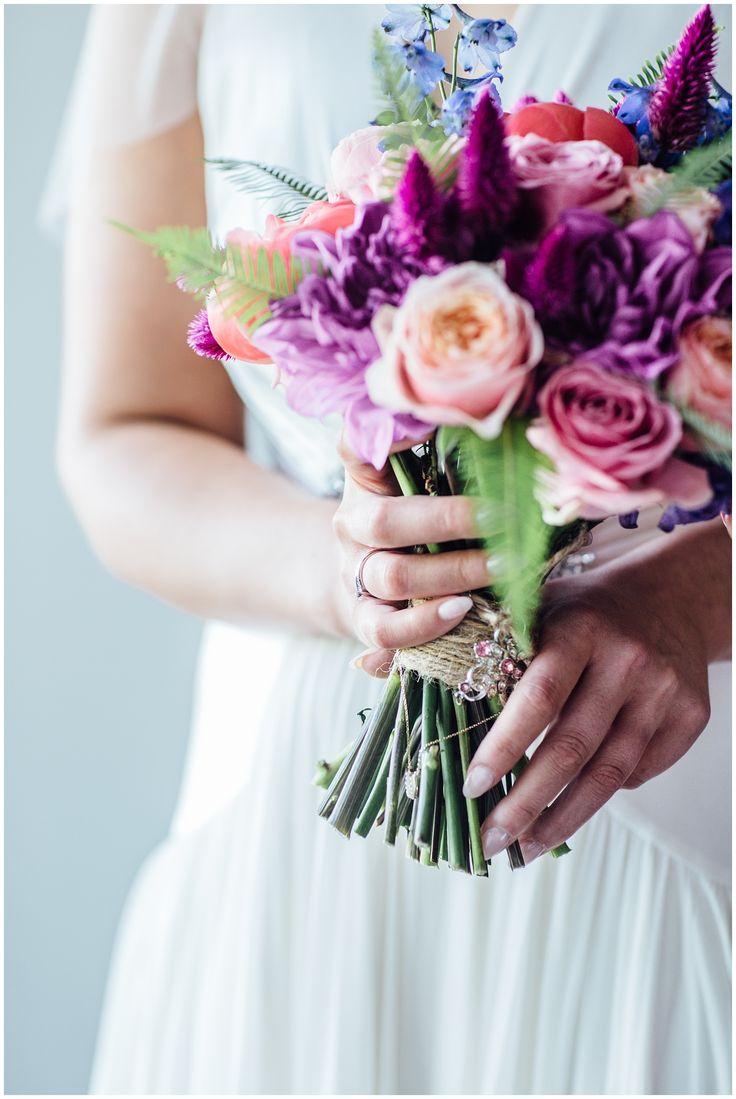 Bridal details, colourful flowers, summer city wedding, Edinburgh