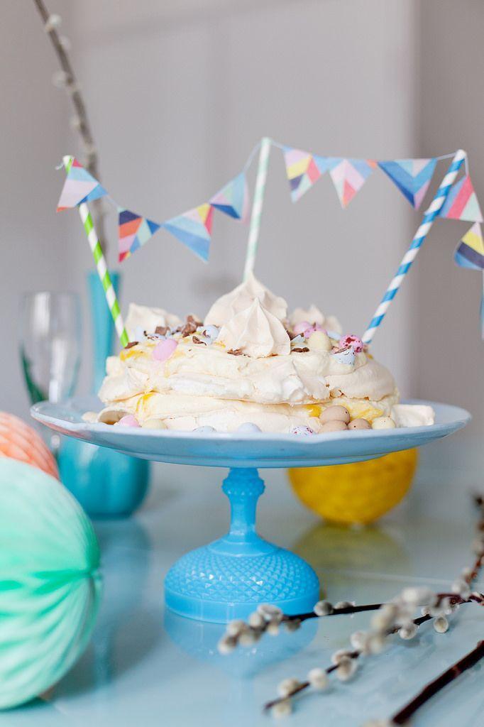 recept påsk, påskdessert, påsktårta, tårta påsk ,inspiration påsktårta, tårta påskmiddag, enkel tårta recept, enkel tårta påsk, pavlova påsk...