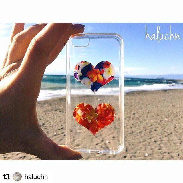 【caselabo_official】さんのInstagramをピンしています。 《素敵に撮ってくれました😍❤️ ありがとうございます😘👏🏼✨ #ケースラボ#caselabo#sea#flower . #Repost @haluchn with @repostapp ・・・ . _______ordermade case______ . . 自分らしさを表現するんだったら 「オーダーメイド」が一番。 . 自分の「好き」を形にするのって すごく楽しい。 . 誰一人、 自分と同じ人はいないから。 みんな違ってみんな良い。 . よく使うものにこそ 「自分らしらしさ」を表現して。 . _______________________ #caselabo#ケースラボ#オーダーメイド#海#beach #love#カスタマイズエブリデイ》