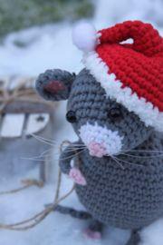 Super Schattig Muisje Met Kerstmuts Gratis Patroon Uit Een