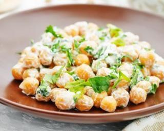 Salade de pois chiches à la feta et persil