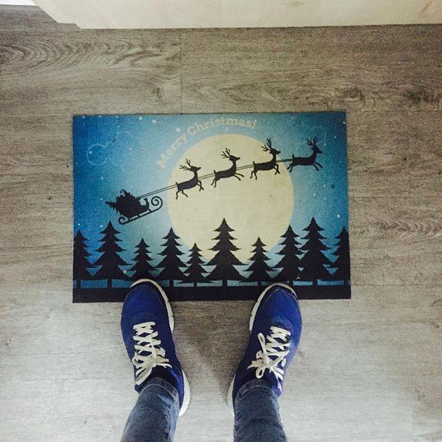 Mi is készülünk ❄️☃️ #drpadlo #lábtörlő #karácsony #christmas #miiskészülünkám #imádjuk❤️ | SnapWidget