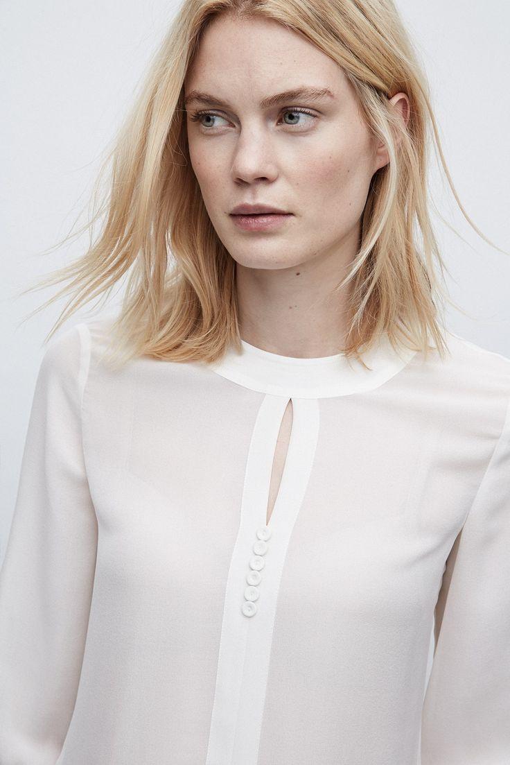 Camisa de seda con cuello romántico - MUJER | Adolfo Dominguez shop online