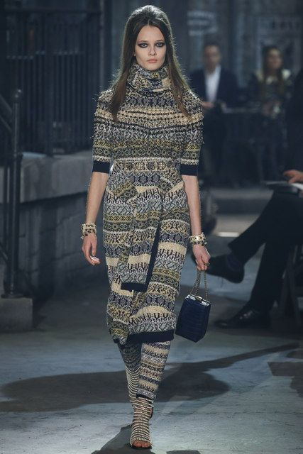 Chanel, Look #36