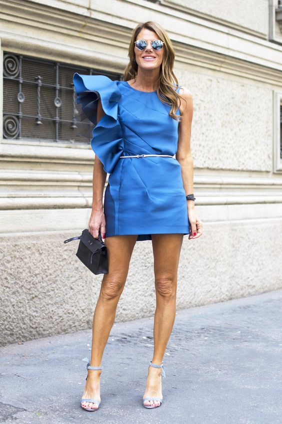 Anna dello Russo looks gorgeous in a blue mini