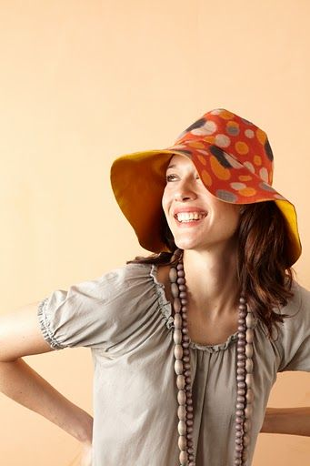 Pattern for your own reversible sun hat!