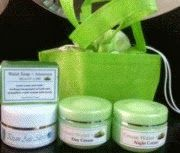 Cream Perawatan Wajah yang sangat bagus, merupakan produk cream walet herbal yang memadukan kehebatan kandungan liur walet dengan khasiat Ekstrak Lidah Buaya kunjungi kami di http://creamwajahwalet.blogspot.com/2013/12/cream-walet-asli-perawatan-kulit-wajah.html