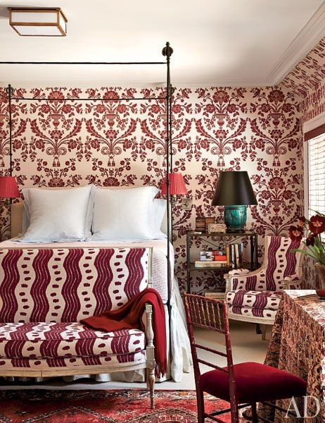 Miles Redd Decorates a Connecticut HomeGuest Room, Design Room, Farrow Ball, Design Interiors, Traditional Bedrooms, Home Interiors Design, Master Bedrooms, Miles Redd, Architecture Digest