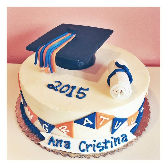 College Graduation Cake Ideas