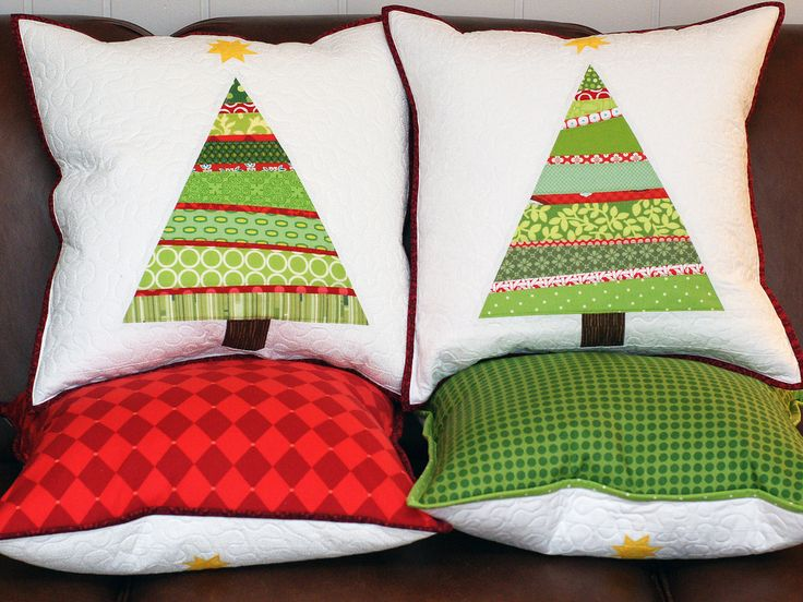 Christmas pillows @Becca Niemczyk-Fitch Could do something like this for moms 2nd gift.  I could maybe sew them.