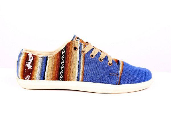 Ampato Bajo Azul, shoes handmade in Peru, Inca sneakers