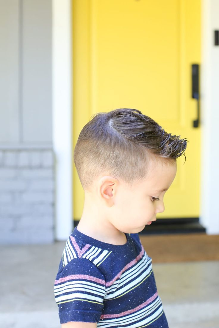 How to Give a Toddler a Haircut using Clippers and