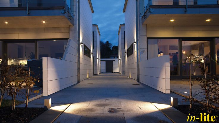 ACE UP-DOWN DARK 100 - 230V | Wandlamp | Design | Sweden | Outdoor Lighting | ACE | Pad | Strak lichtbeeld | Inspiratie