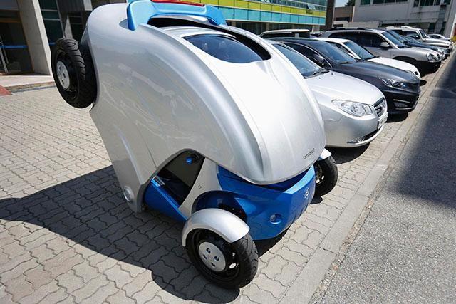 """""""Armadillo T"""": El auto compactado #eco http://www.fundamenta.cl/vive/automovil-electrico/"""