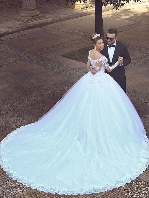 212491322876e Court Train Ball Gown Long Sleeves Off-the-Shoulder Tulle Wedding Dresses