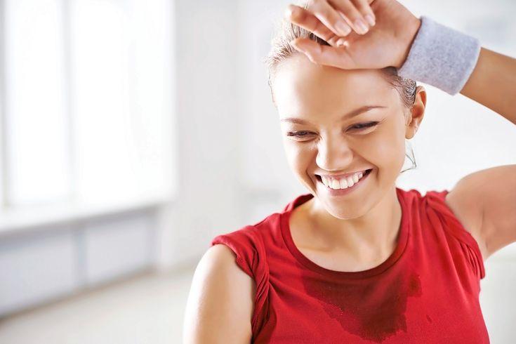Kan du känna svettlukten även efter du har tvättat träningskläderna? Då är det bra att göra något snabbt.
