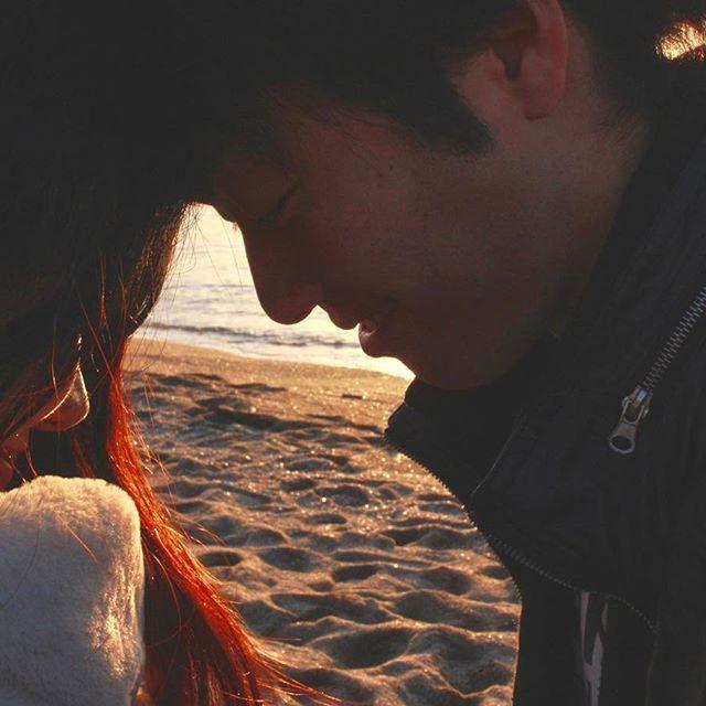 【shiro_anko】さんのInstagramをピンしています。 《. . #大阪#貝塚#二色浜#二色の浜 #海#海辺#黄昏#黄昏時#夕暮れ#夕日 #マジックアワー#カップル#shoes #couplesdiary#couple#お揃い #おそろコーデ#キラキラ#砂浜 #一眼レフ勉強中#一眼レフ #写真好きな人と繋がりたい #Canon#CanonEOS#Kiss#Kissx7 #連投#連投ごめんなさい#久々 . まあ~~~~~~~~~~~~ たらふく食った1日やった\(^o^)/ いつも一緒にバカしてくれて ありがとう!!! そして靴は激安の2足で5400円! #adidas かわういー。 . .》