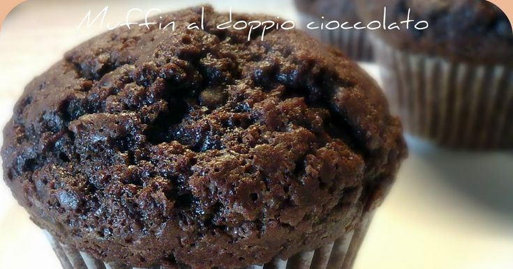 Questi golosi muffin sono di Pinella , una delle mie blogger preferite,ma la ricetta l'ho presa dal forum di Coquinaria.        Ingredienti ...