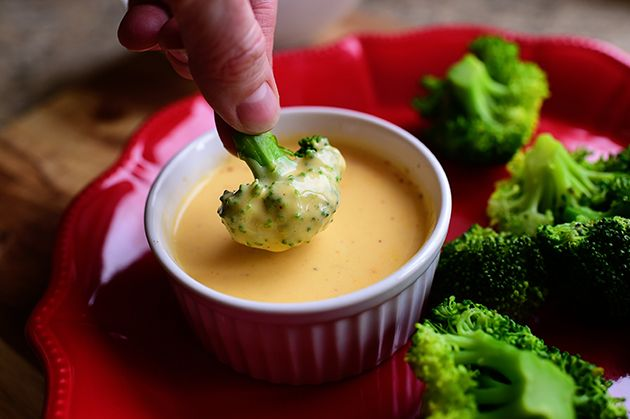 The Pioneer Woman's Recipe for Cheese Sauce for Broccoli