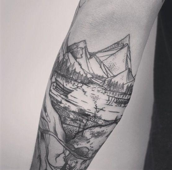 les 37 meilleures images du tableau tatouage montagne sur pinterest tatouages montagne id es. Black Bedroom Furniture Sets. Home Design Ideas
