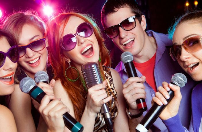 Choose from among the best professional karaoke machine available this year in our comprehensive article. Save yourself from wasting money on models that ...