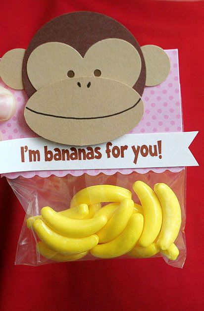 Are you bananas for your valentine? Show them how much you care with a DIY Valentine's Day card. Click in for six simple steps to create this monkey themed card with cardstock, staples and candy. http://www2.fiskars.com/Ideas-and-How-Tos/Crafting-and-Sewing/Gift-Making/Hand-Crafted-Valentines?utm_source=Pinterest&utm_medium=Pin%2BDescription&utm_content=2.9.16%2BVday%2Blion&utm_campaign=Hiebing%2BSocial