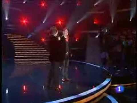 Bunbury y Raphael - Infinito - TVE NOCHE BUENA 2008