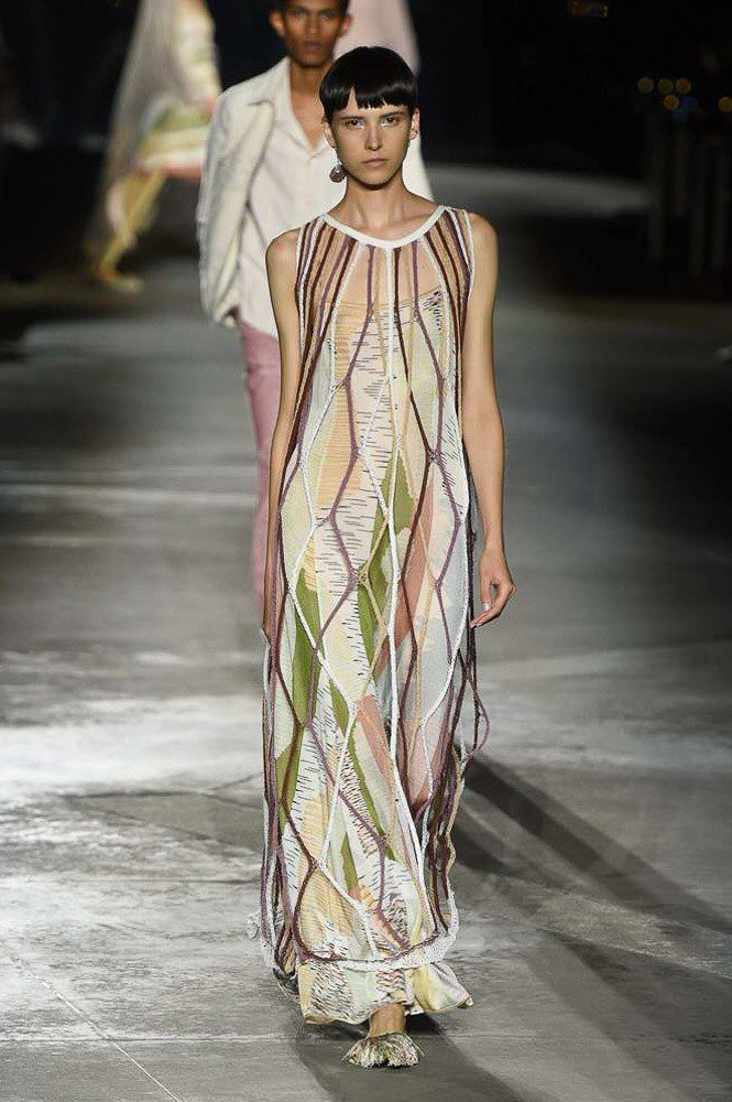 63d73f959401 Missoni Spring 2019 Ready-to-Wear Fashion Show Collection  See the complete Missoni  Spring 2019 Ready-to-Wear collection. Look 12