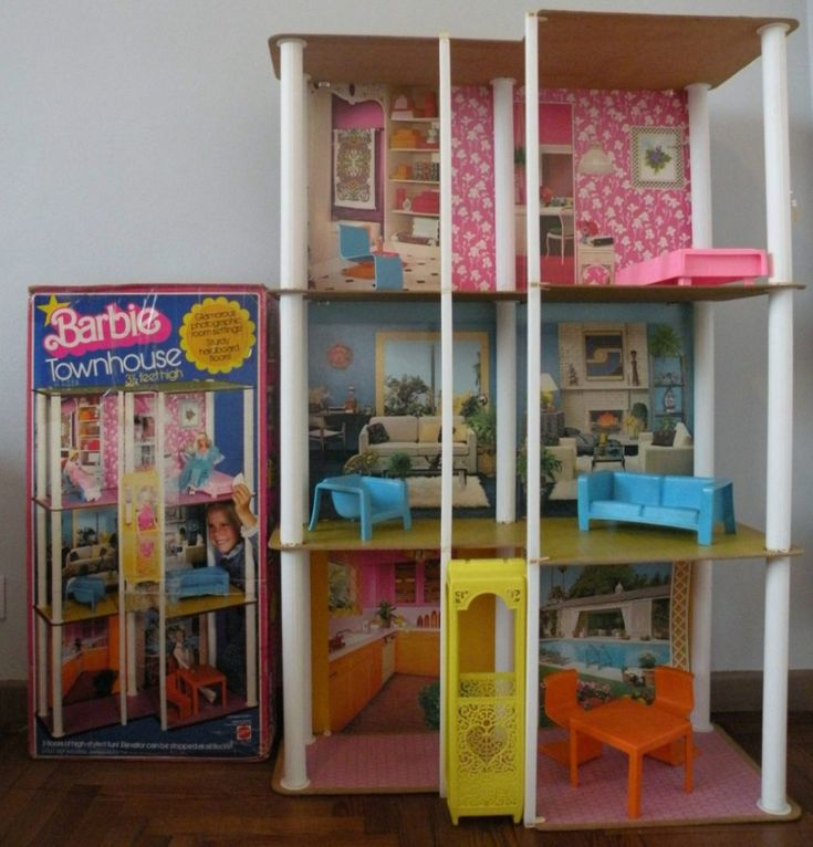 help dating vintage barbie townhouse