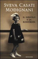1943, Milano è sotto le bombe degli Alleati. Una famiglia è sfollata in una cascina fuori città. Una bambina affidata alle cure dei nonni cresce immersa in un universo rurale, dove ha inizio il suo apprendistato alla vita. La bambina protagonista di questo libro è Sveva Casati Modignani, la quale affida per la prima volta a un racconto autobiografico i ricordi della sua infanzia, che si intrecciano con la memoria di cibi e sapori. Sono anni di fame, di mercato nero e di succedanei...